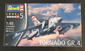 【送料無料】模型車 モデルカー スポーツカー キットkit revell 148 aereo da montare tornado gr 4 lunghezza 36 cm 04924