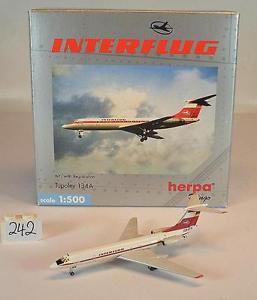 【送料無料】模型車 モデルカー スポーツカー ツポレフ#herpa wings 1500 nr512138 tupolev 134a interflug ovp 242