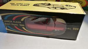 【送料無料】模型車 モデルカー スポーツカー #ランチアスポーツロッソメタルpolitoysm 509 1965 lancia flavia sport zagato rosso metal