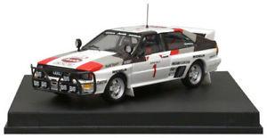 【送料無料】模型車 モデルカー スポーツカー アウディクワトロ#サファリラリームートンポンス#audi quattro 1 moutonpons safari rally 1983 trofu 143 1611