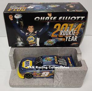 【送料無料】模型車 モデルカー スポーツカー エリオットライオネルナパchase elliott 2014 lionel 9 napa nationwide rookie of the year galaxy 124