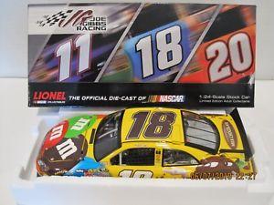 【送料無料】模型車 モデルカー スポーツカー ミリブラウンkyle busch 18 2012 mamp;ms ms brown 124