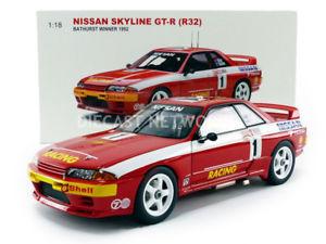 【送料無料】模型車 モデルカー スポーツカー スカイラインrキロautoart 118 nissan skyline gtr r32 winner 1000 kms bathurst 1992 892