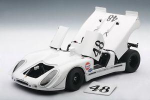【送料無料】模型車 モデルカー スポーツカー ポルシェ#セブリングマックィーンporsche 908 2 9082 48 gr park sebring 1970 mcqueen revson gulf autoart 118