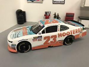 【送料無料】模型車 モデルカー スポーツカー フーターズページェント#チェイスエリオットカスタムダイカスト2018 chase elliott hooters pageant 23 xfinity gms 124 custom diecast