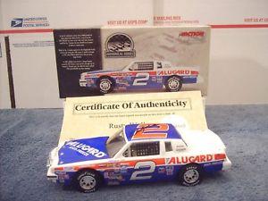 【送料無料】模型車 モデルカー スポーツカー サインウォーレス#ポンティアックグランプリスケール autographed rusty wallace 1985 2 alugard pontiac grand prix 124 scale