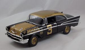 【送料無料】模型車 モデルカー スポーツカー スモーキーシボレーデイトナトリビュートスケールsmokeys 1957 chevy daytona tribute car  118 scale nib