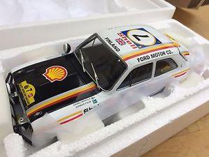 【送料無料】模型車 モデルカー スポーツカー トリプルフォードエスコートモデルラリーカーサファリラリーtriple 9 1800132 ford escort rs1600 mk1 model rally car safari rally 1972 118th