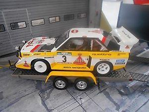 【送料無料】模型車 モデルカー スポーツカー トレーラートレーラートレーラーアウディクワトロラリーオットーanhnger trailer autotransportanhnger audi quattro s1 rallye rhrl otto 118