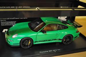 【送料無料】模型車 モデルカー スポーツカー ポルシェグアテマラautoart porsche 997 gt3 rs 118