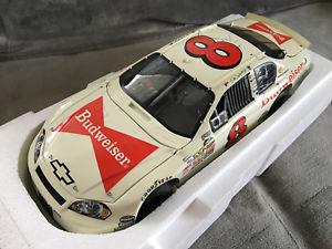 【送料無料】模型車 モデルカー スポーツカー デイルアーンハートジュニアバドワイザーモンテカルロdale earnhardt jr 8 budweiser fathers day monte carlo 116 sheet metal ^^