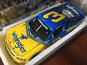 【送料無料】模型車 モデルカー スポーツカー デイルアーンハートジュニアデイトナレースアーク2010 dale earnhardt jr 3 daytona race win wrangler arc car