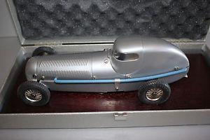 【送料無料】模型車 モデルカー スポーツカー ロッコメルセデスシルバーアローレースカープレートmrklin 1096 mercedes w25 silberpfeil rennwagen blech ovp