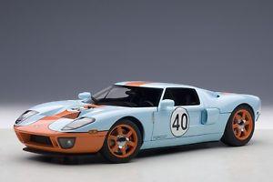 【送料無料】模型車 モデルカー スポーツカー フォードガルフカラーリングautoart 80513 ford gt lm 2004 gulf livery startnummer 40