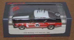 【送料無料】模型車 モデルカー スポーツカー ジョーンズフォードムスタングトランスspark parnelli jones signed ford mustang trans am 1969 143 resin car