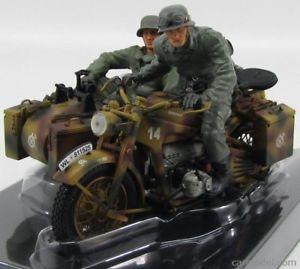 【送料無料】模型車 モデルカー スポーツカー サイドカーノルマンディーschuco 110 zndapp ks 750 mit beiwagen normandie 1944 2 soldaten 06516 neu