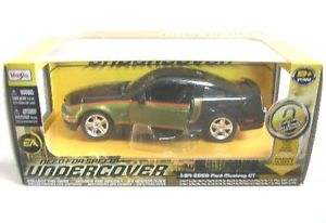【送料無料】模型車 モデルカー スポーツカー フォードムスタングford mustang gt 2006 nfs