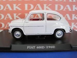 【送料無料】模型車 モデルカー スポーツカー die cast 124 modellino auto fiat 600 d 1960 bianca