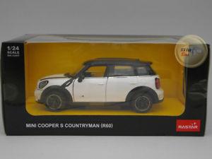 【送料無料】模型車 モデルカー スポーツカー ミニクーパーrホワイトmini cooper countryman r60 white rastar 124 ra226050wh
