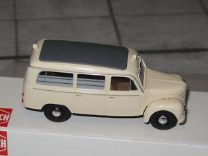【送料無料】模型車 モデルカー スポーツカー ブッシュモデルバスコンゴbusch 51255 modell 187 ifa barkas 901v2 framo bus krankenwagen drk