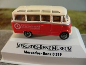 【送料無料】模型車 モデルカー スポーツカー メルセデスベンツバス187 brekina mb o 319 mercedes benz museum bus