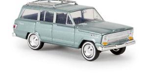 【送料無料】模型車 モデルカー スポーツカー ジープグリーンメタリックbrekina 19853 187 jeep wagoneer grn metallic neu