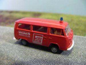 【送料無料】模型車 モデルカー スポーツカー 187 brekina vw t2 feuerwehr magazin interschutz 94 bus