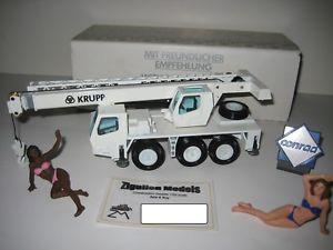 【送料無料】模型車 モデルカー スポーツカー クルップクレーン#krupp gmt 35 autokran 2832 nzg 150 ovp