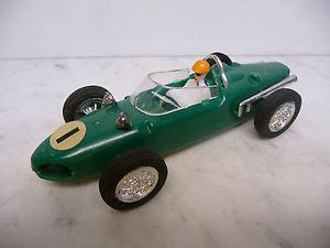 【送料無料】模型車 モデルカー スポーツカー ウェイクアーンゼーフェラーリフォーミュラグリーンzee 2051 ferrari formula 1 green made in hong kong 70er jahre very rare