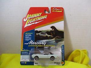 【送料無料】模型車 モデルカー スポーツカー スケールジョニークラシックゴールドマーキュリークーガー164 scale johnny white lightning classic gold 1968 mercury cougar xr7g
