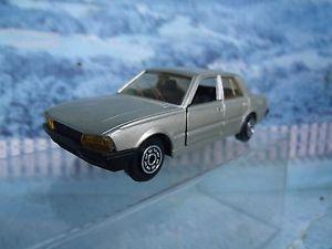 【送料無料】模型車 モデルカー スポーツカー プジョー143 norev  peugeot 505