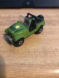 【送料無料】模型車 モデルカー スポーツカー ビンテージホットホイールトラックジープ
