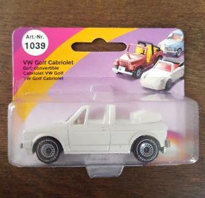 【送料無料】模型車 モデルカー スポーツカー ゴルフドイツシリーズsiku vw golf 1 cabrio ovp in wei made in w germany keine v serie