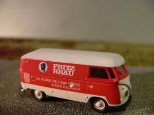 【送料無料】模型車 モデルカー スポーツカー #フリッツボックス187 brekina 0811 vw t1 b fritz bru kasten 32513
