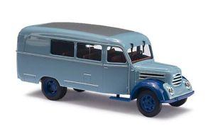 【送料無料】模型車 モデルカー スポーツカー kバスホbusch 51851 robur garant k 30 bus kombi hellblau ho 187 neu