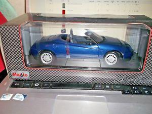 【送料無料】模型車 モデルカー スポーツカー アルファロメオスパイダーシルバーエディションmaisto silver edition 118 alfa romeo spider 1995