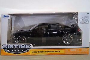 【送料無料】模型車 モデルカー スポーツカー スケールニューアメリカンjada big time muscle 124th scale 2006 dodge charger srt8 american