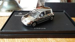 【送料無料】模型車 モデルカー スポーツカー ルノーメガーヌ143 renault megane norev dealership issue