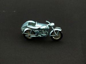 【送料無料】模型車 モデルカー スポーツカー マッチシリーズモータサイクルmatchbox series triumph t110 motorcycle