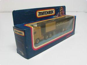 【送料無料】模型車 モデルカー スポーツカー マッチmatchbox cy 25 daf kerzug duracell