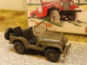 【送料無料】模型車 モデルカー スポーツカー ジープユニバーサルバージョン187 brekina jeep universal military version 58901