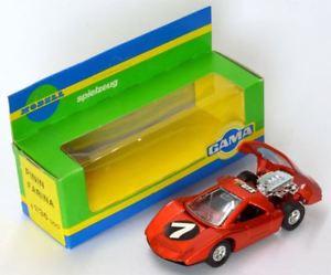 【送料無料】模型車 モデルカー スポーツカー アバルトピニンファリーナメタリックガマabarth 2000 pinin farina rot metalic gama 143