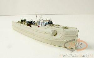 【送料無料】模型車 モデルカー スポーツカー ライトブラウンドイツボートスタンドモデルs38 deutsches schnellboot standmodell in hellbraun militr mastab 1160