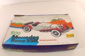 【送料無料】模型車 モデルカー スポーツカー リンドバーグキットプラスチックメルセデスベンツスポーツロードスターlindberg kit plastic n6601 mercedes benz ssk sports roadster 124