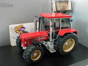 【送料無料】模型車 モデルカー スポーツカー コンパクトschuco 07627 schlter compact 1350 mit kraftheberer baujahr 1992 in rot 132