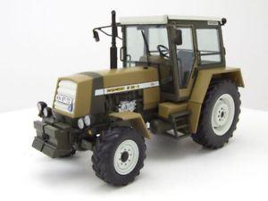 【送料無料】模型車 モデルカー スポーツカー トターグリーンブラウンモデルカーfortschritt zt 323 traktor 1984 grnbraun, modellauto 132 schuco