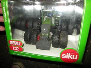 【送料無料】模型車 モデルカー スポーツカー トターデュアル132 siku fendt 936 agritechnica 2007 traktor mit zwillingsbereifung ovp