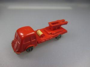 【送料無料】模型車 モデルカー スポーツカー フィアットワイヤアクスルピンチウィーラープッシュwiking fiat feuerwehr, drahtachser quetschachser schub22