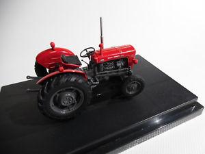 【送料無料】模型車 モデルカー スポーツカー ユニバーサルホビーコレクタモデルトターマッセイファーガソンスケールuniversal hobbies collectors model tractor massey ferguson 35x 132nd scale