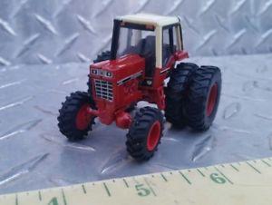 【送料無料】模型車 モデルカー スポーツカー カスタムファームトターデュアル164 custom ertl farm toys international ih 1086 tractor w fwa amp; duals nice, ダイレクトテレショップ:3985b0a3 --- enjapa.jp